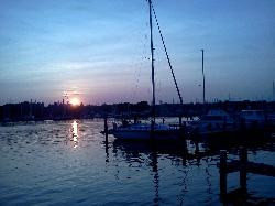 Skippers Pier Restaurant & Dock Bar