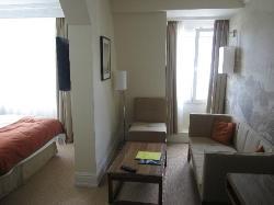 Junior suite, corner room, 5th floor.