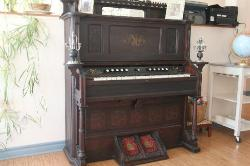 The dining area has nice touches, like this old piano