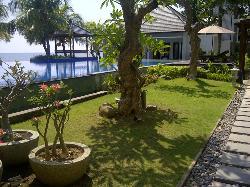 Padma Sari Beach Front Resort