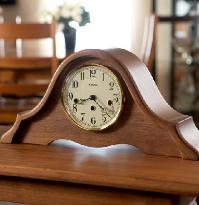 Amana Furniture & Clock Shop