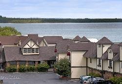 Bavarian Haus Lakefront Inn