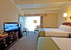 Howard Johnson Inn - Newport Area / Middletown