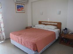 Planos Bay Apartments Hotel