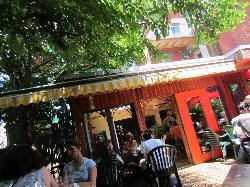 Santropol Cafe