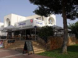 Schooners Bar & Cafe