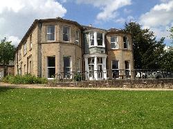 Mansfield Manor Hotel