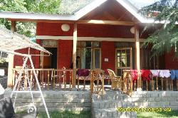 Front view of the lovely cottage