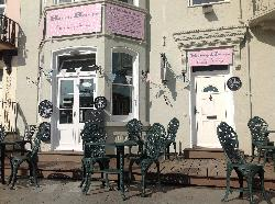 Henrys - The Shabby Chic Cafe