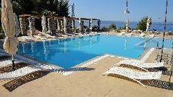 Kaminos Resort