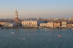 A Guide In Venice