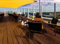 ‪Deck 8 - die Bar im ATLANTIC Hotel Kiel‬
