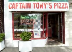 ‪Captain Tony's Pizza & Pasta‬