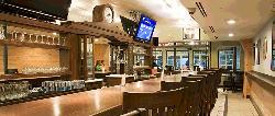 Gracie's Bar