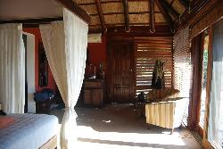 Chikwenya Safari Lodge
