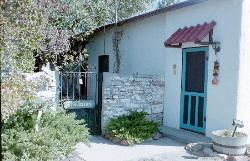 Stauder's Navajo Lodge