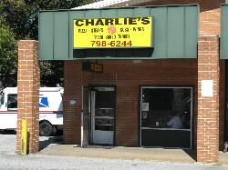 ‪Charlie's Pizza‬