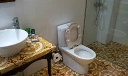 Songket room - Toilet