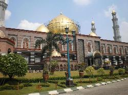 Dian Al-Mahri Mosque
