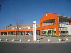 Michi-no-Eki Akabane Loco Station