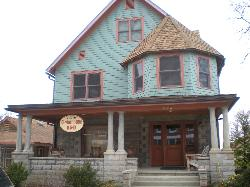 Chestnut House Bed & Breakfast