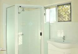 Bathroom in Queen/Twin Room