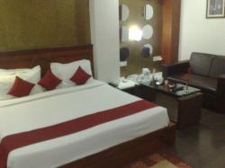 Hotel Amit International