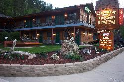 Cedar Wood Inn