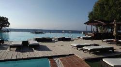 Infinity Pool/Beach