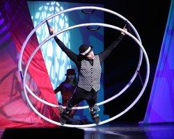 Cirque Montage