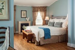 Chanticleer Inn Bed and Breakfast