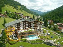 Hotel Almhof Familyresort
