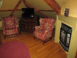 brecken suite - bedroom area