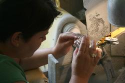 Program in the surrounding: try to decorate your own glass!