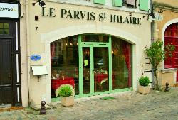 Parvis Saint Hilaire