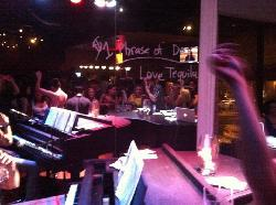 Jolly's American Beer Bar and Dueling Pianos