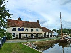 Pleasure Boat Inn