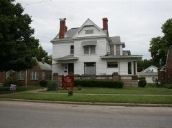 Levine House Bed & Breakfast