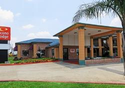 Econo Lodge Houston Lobby