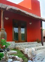 Ko'ox Na'Lu'um Eco Hotel