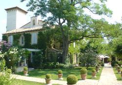 Chateau de la Vernede en Provence