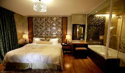 The Royal Mandaya Hotel