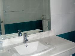 Super Deluxe bath rooms