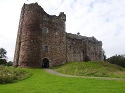 West Highland Lochs & Castles Day Tour - Doune Castle