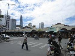 Ben Thanh market- 2 mins walk