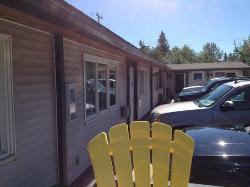 Raccoon Lodge Motel