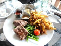 Steak Frites Saint Paul