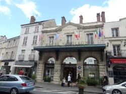 La Table des Marechaux - Hotel Napoleon