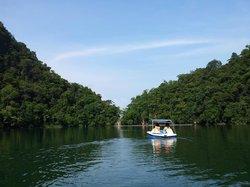 بحيرة دايانج بونتنج