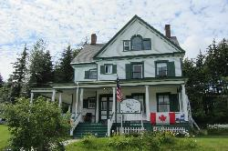 Fort William H Seward Bed & Breakfast